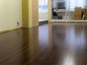 オフィスの床、完成